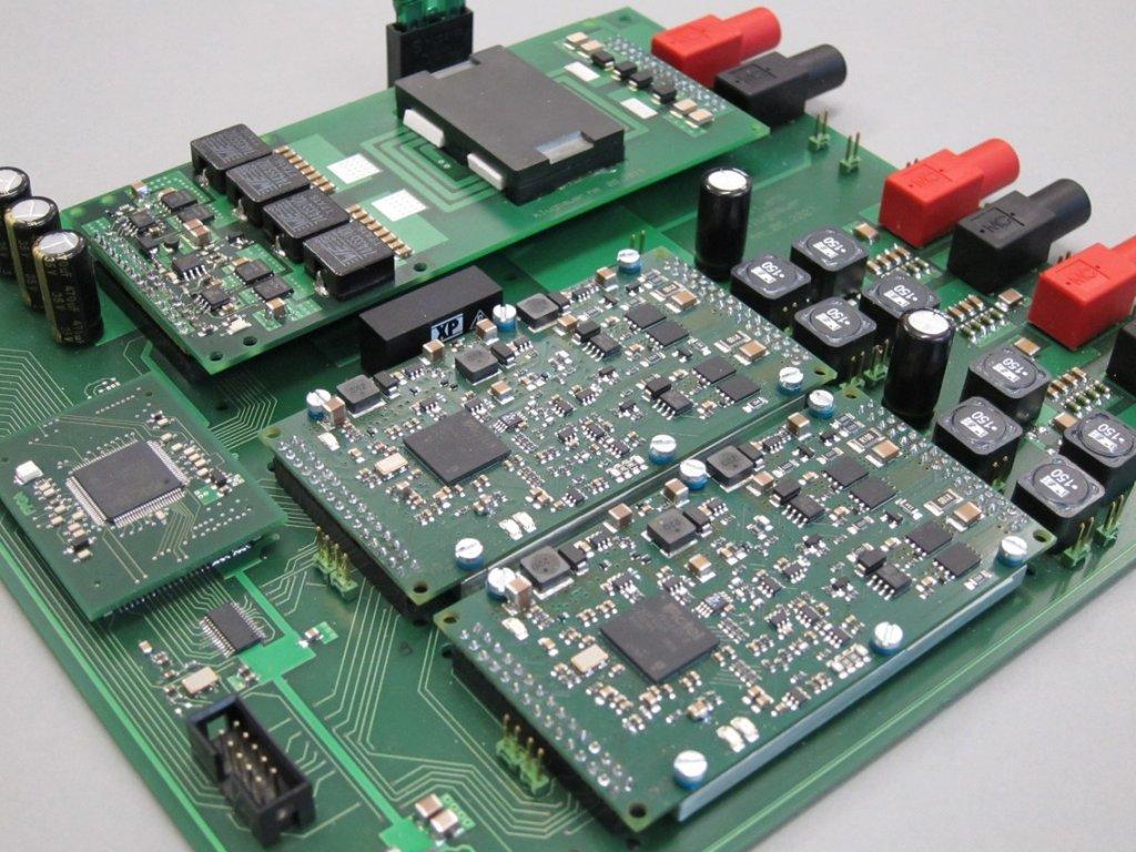 Stereo Class-D Audio Verstärker mit DC-DC Converter